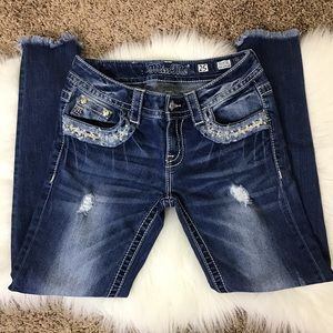 MISS ME signature ankle skinny distressed jeans